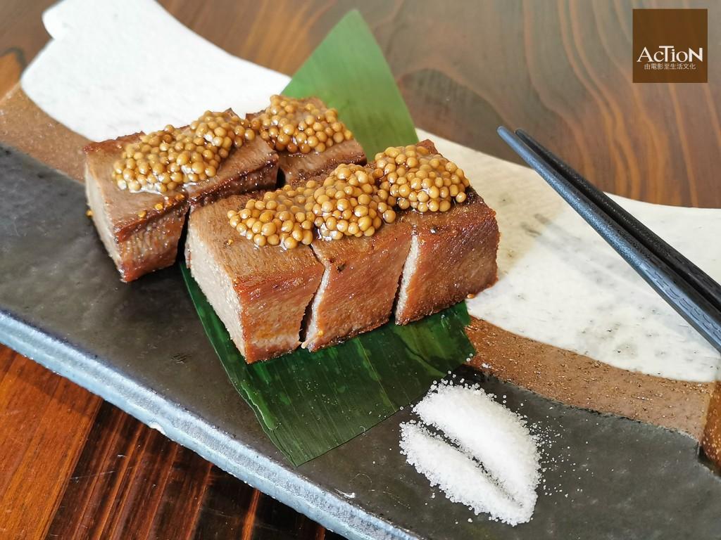 香煎牛舌配芥子醬