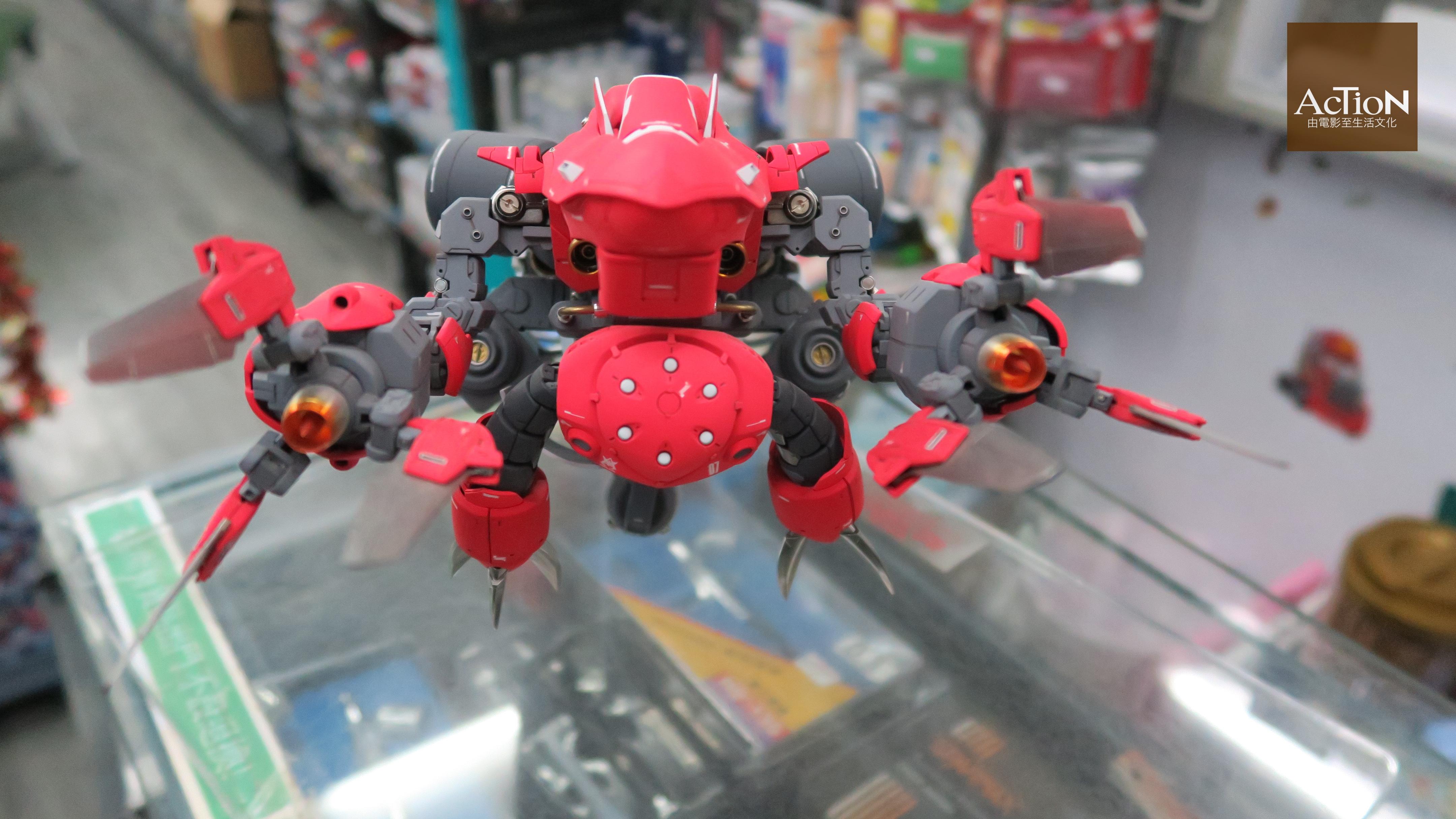 Kenjo 參加比賽獲獎的作品,概念來自未來的潛水艇。